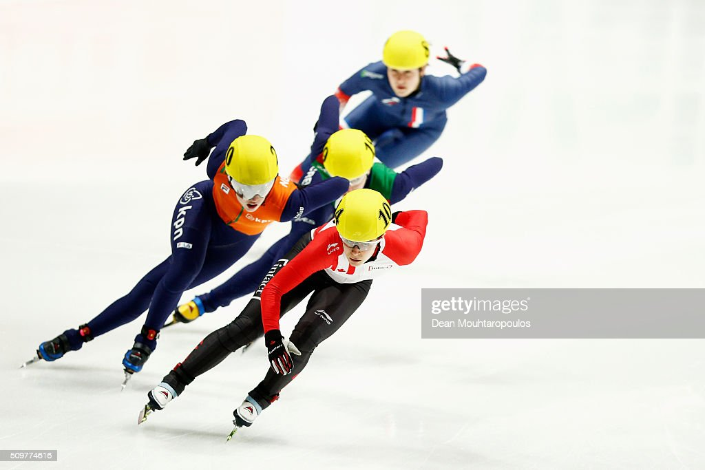 Jamie Macdonald of Canada and Lara Van Ruijven of the Netherlands compete in the womens 500m Heat during ISU Short Track Speed Skating World Cup held at The Sportboulevard on February 12, 2016 in Dordrecht, Netherlands.