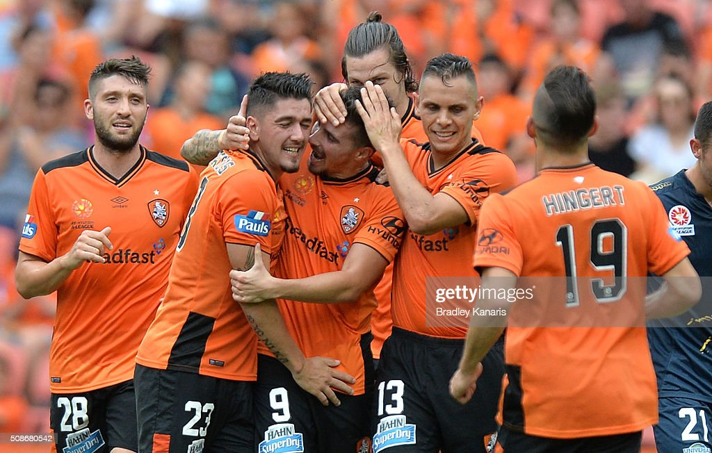 <a gi-track='captionPersonalityLinkClicked' href=/galleries/search?phrase=Jamie+Maclaren&family=editorial&specificpeople=10952889 ng-click='$event.stopPropagation()'>Jamie Maclaren</a> of the Roar celebrates scoring a goal with his team mates during the round 18 A-League match between the Brisbane Roar and Central Coast Mariners at Suncorp Stadium on February 6, 2016 in Brisbane, Australia.