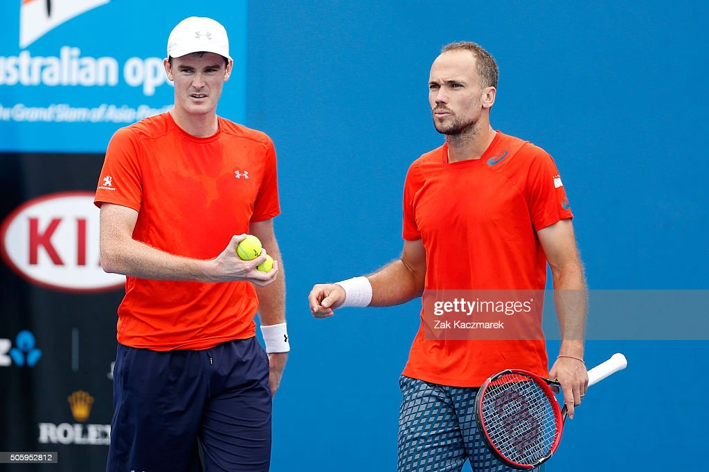 <a gi-track='captionPersonalityLinkClicked' href=/galleries/search?phrase=Jamie+Murray+-+Tennis+Player&family=editorial&specificpeople=4393751 ng-click='$event.stopPropagation()'>Jamie Murray</a> of Great Britain and <a gi-track='captionPersonalityLinkClicked' href=/galleries/search?phrase=Bruno+Soares+-+Tennis+Player&family=editorial&specificpeople=11650044 ng-click='$event.stopPropagation()'>Bruno Soares</a> of Brazil compete in their first round match against Jonathan Marray of Great Britain and Aisam-Ul-Haq Qureshi of Pakistan during day four of the 2016 Australian Open at Melbourne Park on January 21, 2016 in Melbourne, Australia.