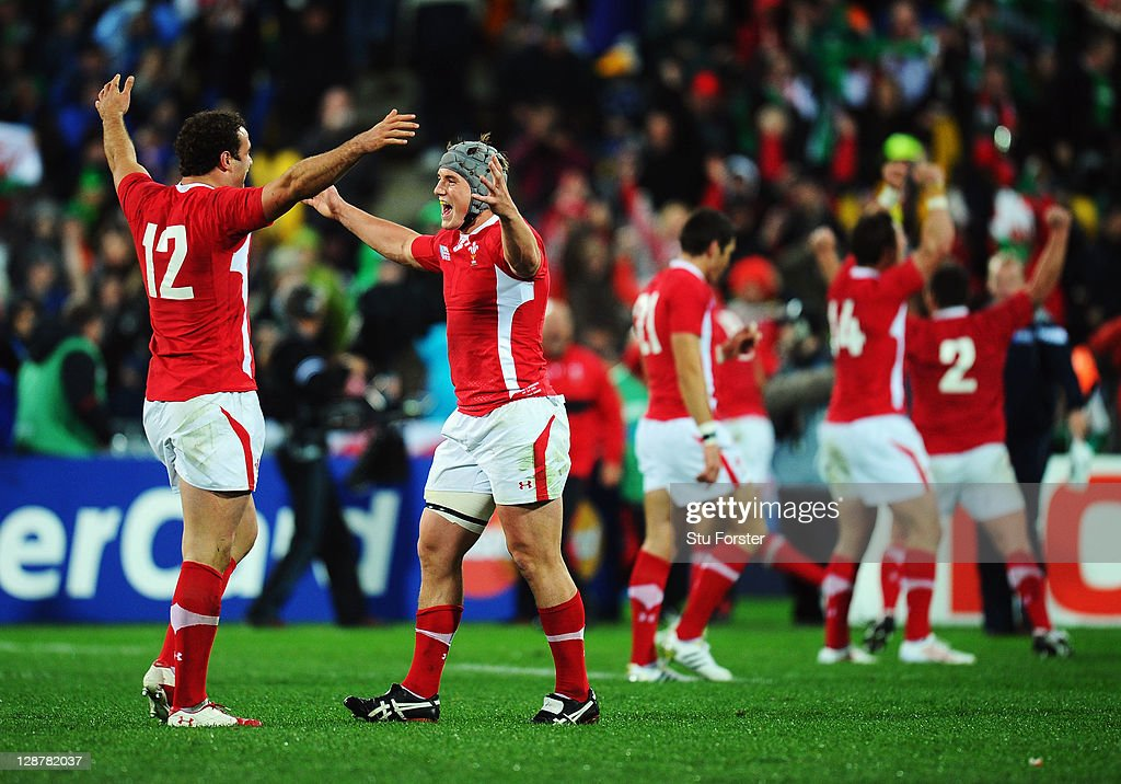 <a gi-track='captionPersonalityLinkClicked' href=/galleries/search?phrase=Jamie+Roberts&family=editorial&specificpeople=3530992 ng-click='$event.stopPropagation()'>Jamie Roberts</a> (L) and Jonathan Davies of Wales celebrate after quarter final one of the 2011 IRB Rugby World Cup between Ireland v Wales at Wellington Regional Stadium on October 8, 2011 in Wellington, New Zealand.
