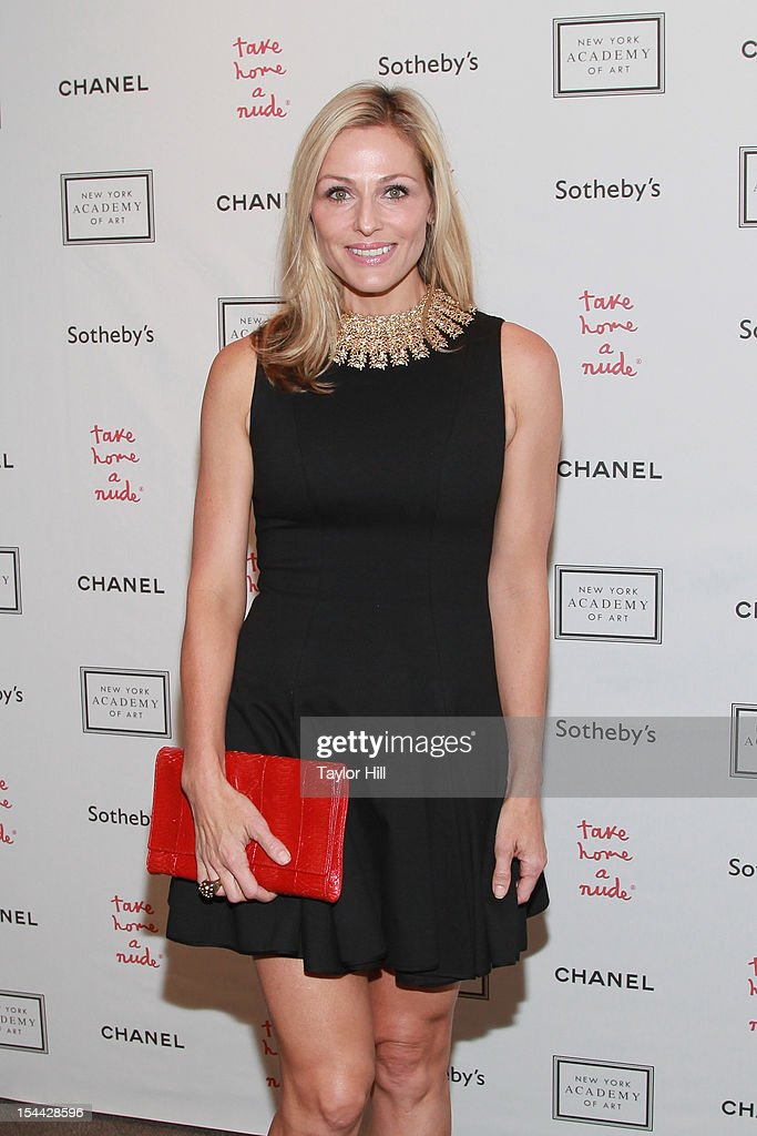 <a gi-track='captionPersonalityLinkClicked' href=/galleries/search?phrase=Jamie+Tisch&family=editorial&specificpeople=240723 ng-click='$event.stopPropagation()'>Jamie Tisch</a> attends the 2012 Take Home a Nude Benefit Art Auction at Sotheby's on October 18, 2012 in New York City.