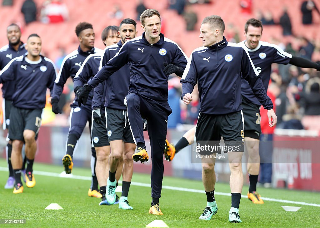 <a gi-track='captionPersonalityLinkClicked' href=/galleries/search?phrase=Jamie+Vardy&family=editorial&specificpeople=8695606 ng-click='$event.stopPropagation()'>Jamie Vardy</a> and <a gi-track='captionPersonalityLinkClicked' href=/galleries/search?phrase=Andy+King+-+Soccer+Player+-+Born+1988&family=editorial&specificpeople=14622523 ng-click='$event.stopPropagation()'>Andy King</a> of Leicester City warm up at The Emirates Stadium ahead of the Premier League match between Arsenal and Leicester City at Emirates Stadium on February 14, 2016 in London, United Kingdom.