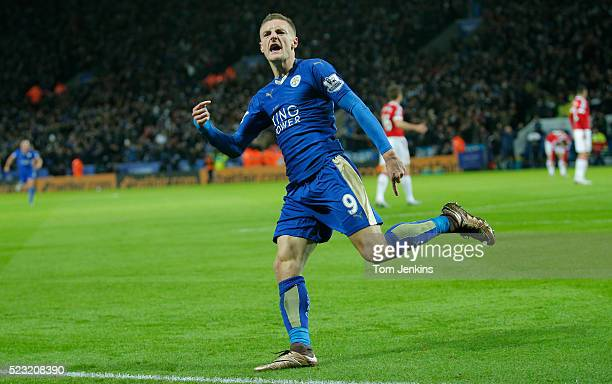 Jamie Vardy celebrates scoring the first goal of the game and thus creates a new Premier League record by scoring for the 11th consecutive game...