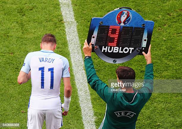 Jamie Vardy of England comes on to the pitch for Harry Kane during the UEFA EURO 2016 Group B match between England and Wales at Stade...