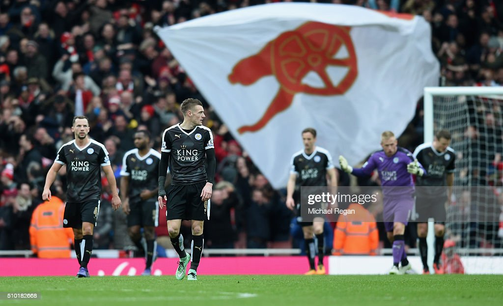 <a gi-track='captionPersonalityLinkClicked' href=/galleries/search?phrase=Jamie+Vardy&family=editorial&specificpeople=8695606 ng-click='$event.stopPropagation()'>Jamie Vardy</a> of Leicester City and team mates dejected after the Arsenal winning goal during the Barclays Premier League match between Arsenal and Leicester City at the Emirates Stadium.