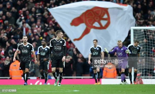 Jamie Vardy of Leicester City and team mates dejected after the Arsenal winning goal during the Barclays Premier League match between Arsenal and...
