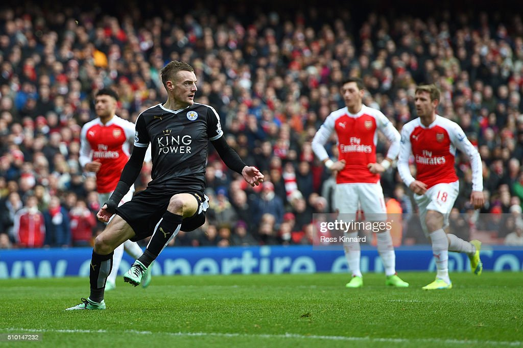 <a gi-track='captionPersonalityLinkClicked' href=/galleries/search?phrase=Jamie+Vardy&family=editorial&specificpeople=8695606 ng-click='$event.stopPropagation()'>Jamie Vardy</a> of Leicester City celebrates after scoring the opening goal from the penalty spot during the Barclays Premier League match between Arsenal and Leicester City at Emirates Stadium on February 14, 2016 in London, England.