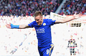 Jamie Vardy of Leicester City celebrates as he scores their first goal during the Barclays Premier League match between Sunderland and Leicester City...