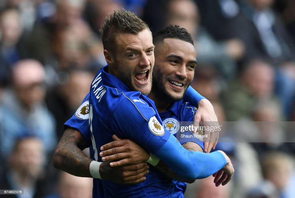 Jamie Vardy of Leicester City celebrates with Danny Simpson after scoring his sides first goal during the Premier League match between West Bromwich Albion and Leicester City at The Hawthorns on April 29, 2017 in West Bromwich, England.