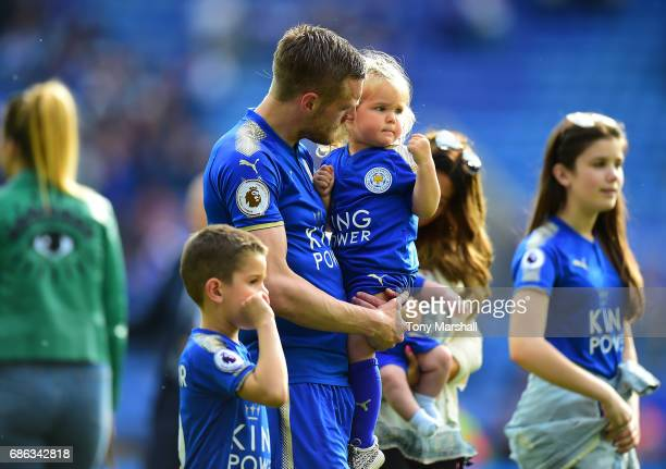 Jamie Vardy of Leicester City on the lap of honour at the end of the Premier League match between Leicester City and AFC Bournemouth at The King...