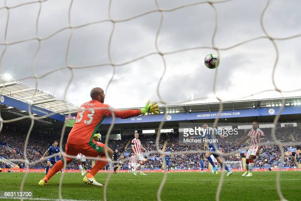 Jamie Vardy of Leicester City scores his sides second goal during the Premier League match between Leicester City and Stoke City at The King Power...
