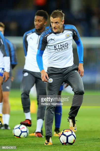 Jamie Vardy of Leicester City warms up ahead of the Premier League match between Leicester City and West Bromwich Albion at The King Power Stadium on...