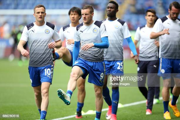 Jamie Vardy of Leicester City warms up at King Power Stadium ahead of the Premier League match between Leicester City and Bournemouth at King Power...