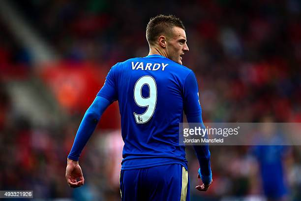 Jamie Vardy of Leicester looks on during the Barclays Premier League match between Southampton and Leicester City at St Mary's Stadium on October 17...