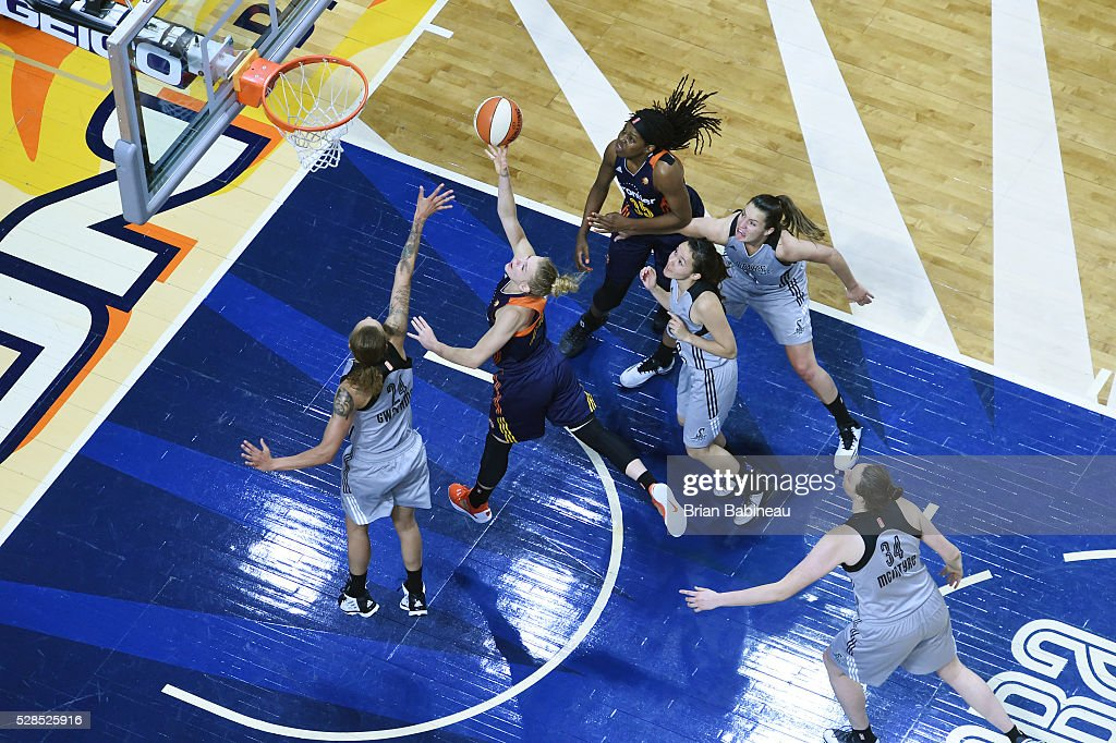 Jamie Weisner #4 of the Connecticut Sun shoots a lay up against the San Antonio Stars in a WNBA preseason game on May 5, 2016 at the Mohegan Sun Arena in Uncasville, Connecticut.