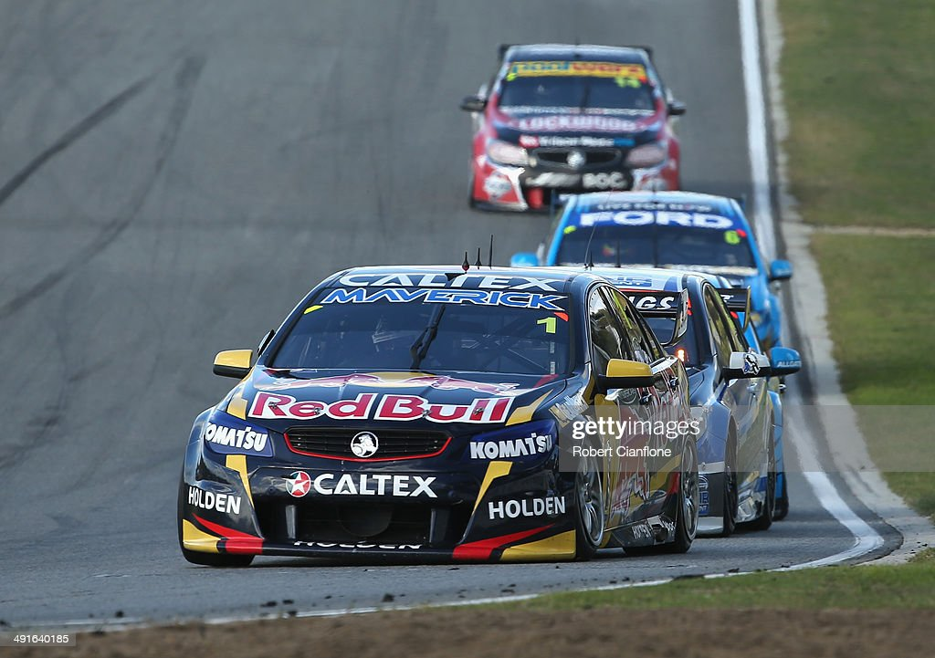 <a gi-track='captionPersonalityLinkClicked' href=/galleries/search?phrase=Jamie+Whincup&family=editorial&specificpeople=678654 ng-click='$event.stopPropagation()'>Jamie Whincup</a> drives the #1 Red Bull Racing Australia Holden during race 15 at the Perth 400, which is round five of the V8 Supercar Championship Series at Barbagallo Raceway on May 17, 2014 in Perth, Australia.