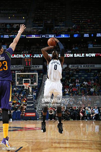 JaMychal Green of the Memphis Grizzlies shoots against the New Orleans Pelicans on February 1 2016 at the Smoothie King Center in New Orleans...