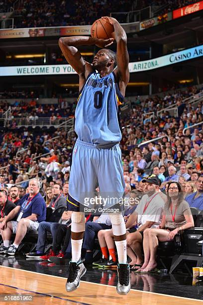JaMychal Green of the Memphis Grizzlies shoots against the Phoenix Suns during the game on March 21 2016 at Talking Stick Resort Arena in Phoenix...