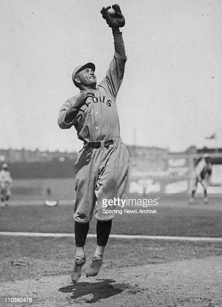 Jan 09 2006 USA [Exact Date and Location Unknown] ROGERS HORNSBY of the St Louis Cardinals was a member of the Hall of Fame Pictured on July 24 1924