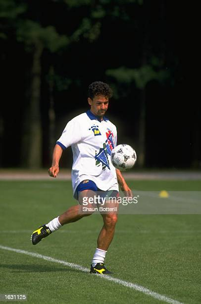 Roberto Baggio of Italy in action during training for the World Cup Mandatory Credit Shaun Botterill/Allsport