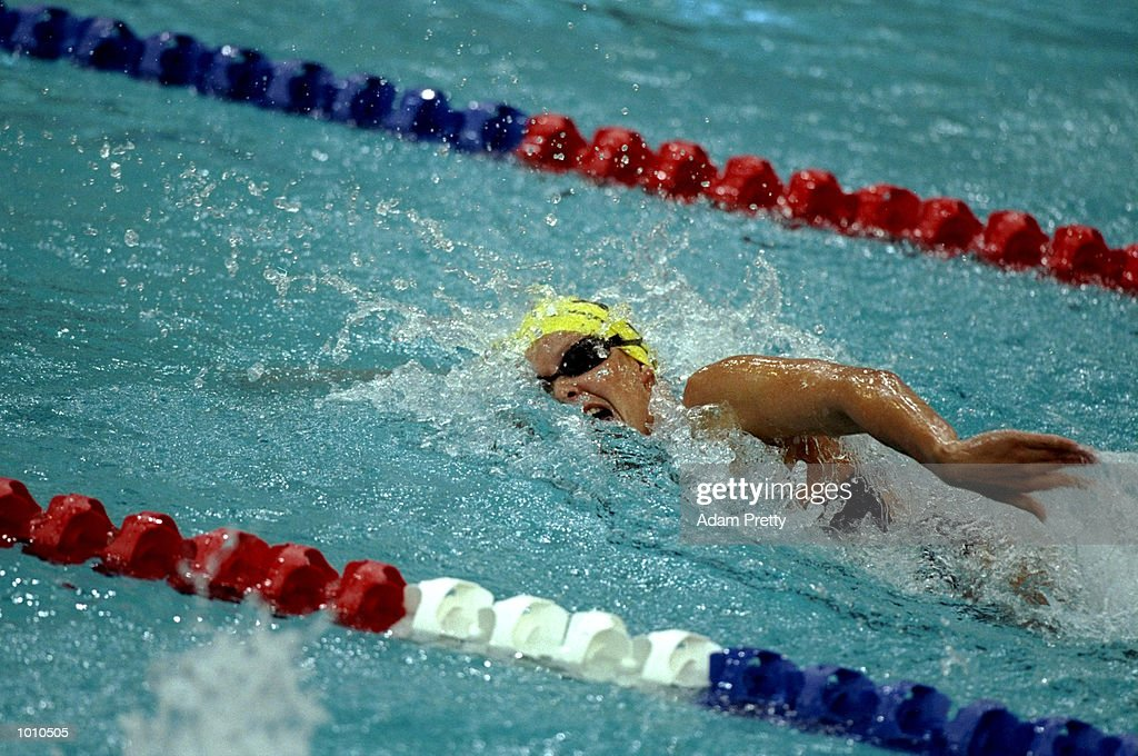Susie O''Neill of Australia in action during the Womens 200m Freestyle from the 1999 FINA World Cup at the Sydney International Aquatic Centre, Homebush, Sydney, Australia. \ Mandatory Credit: Adam Pretty /Allsport