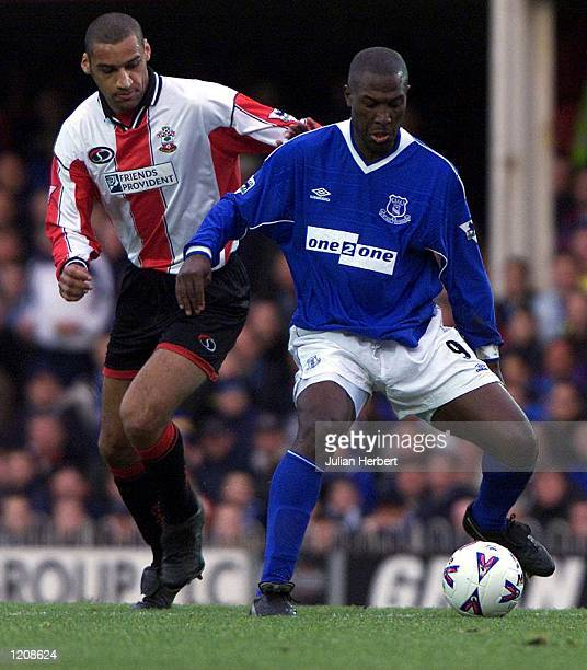 Dean Richards of Southampton tangles with Kevin Campbell of Everton durling the FA Carling Premier League match played at The Dell Southampton...
