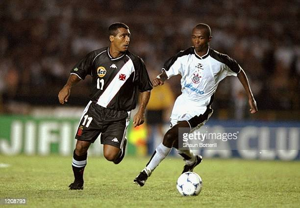 Romario of Vasco de Gama is closed down by Kleber of Corinthians during the Final of the World Club Championship played at the Maracana Stadium in...