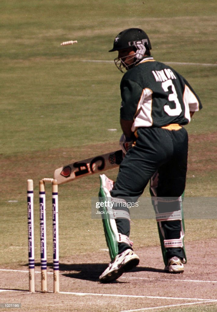Saeed Anwar of Pakistan is bowled by Javagal Srinath of India for 44 during the Carlton and United Breweries one day international between India and Pakistan at the WACA cricket ground, Perth, Australia. Mandatory Credit: Jack Atley/ALLSPORT
