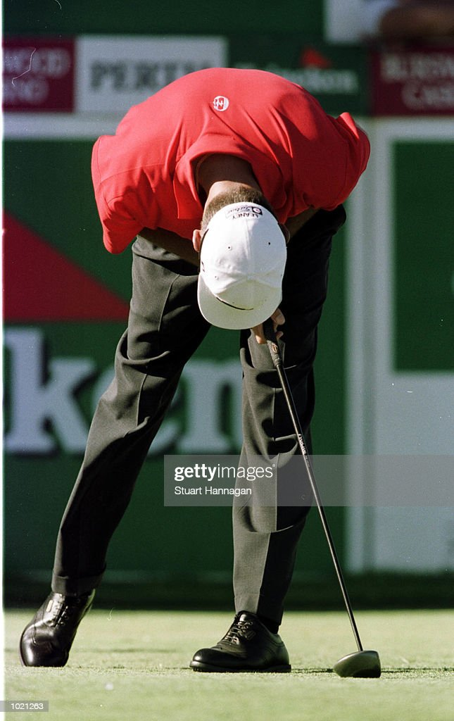 Steven Leaney of Australia grimaces as he misses a putt during the second round of the Heineken Classic 2000 golf played at The Vines Golf Course, Perth, Australia. Mandatory Credit: Stuart Hannagan/ALLSPORT