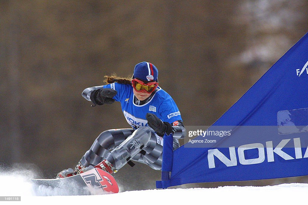 Claire Cetera of the USA snowboards in the women's giant slalom at the FIS Ski World Cup in Bardonnecchia, Italy. Mandatory Credit: Agence Zoom/Getty Images