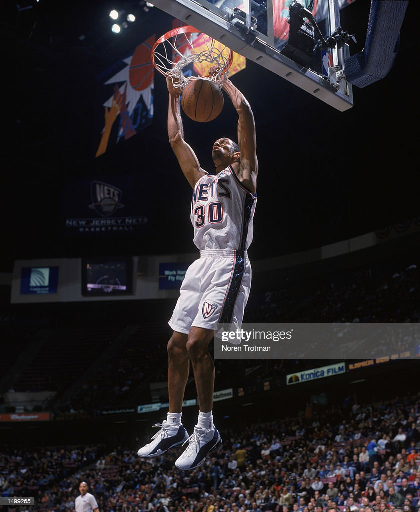 Kerry Kittles 30 of the New Jersey Nets dunks