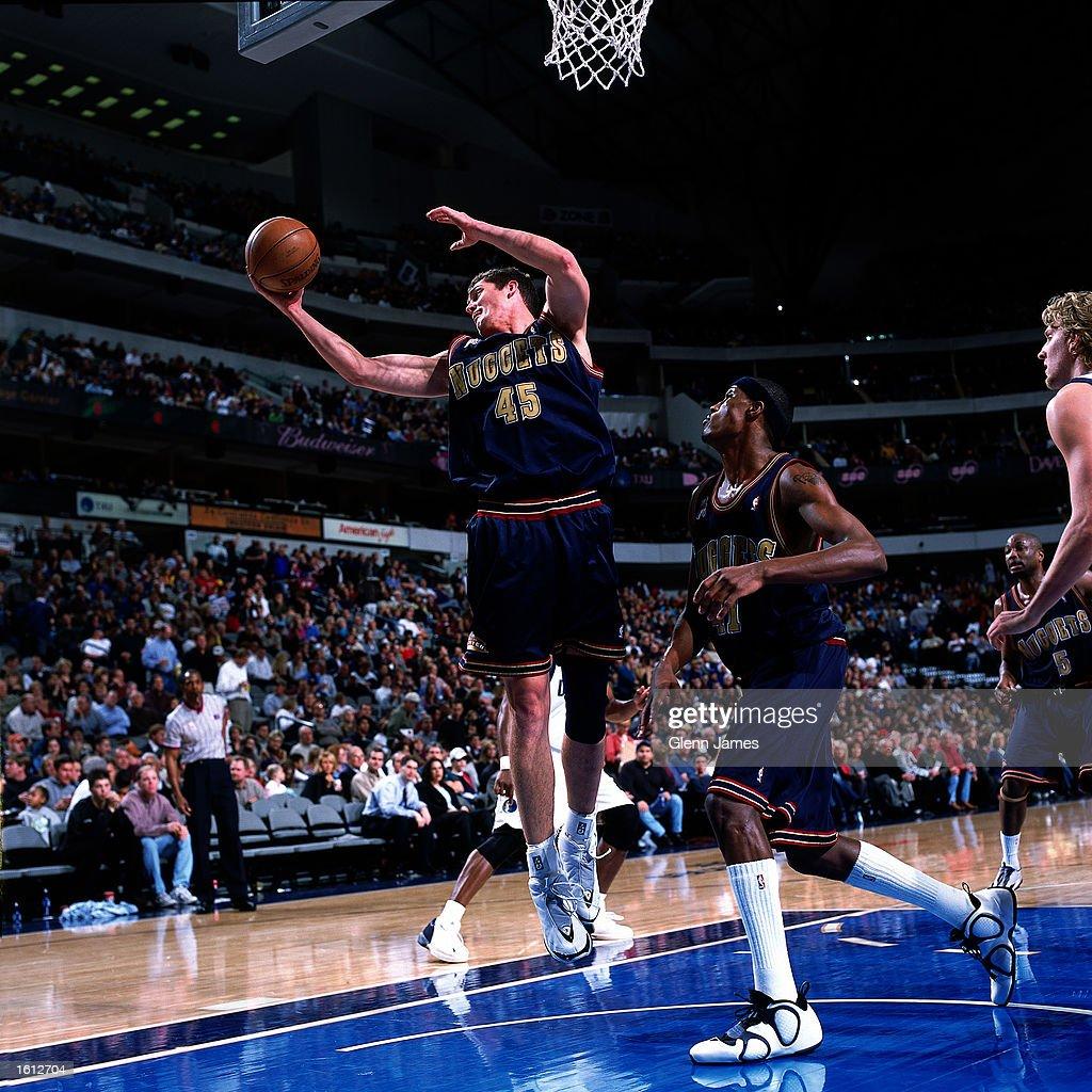 Denver Nuggets X Dallas Mavericks: Raef LaFrentz