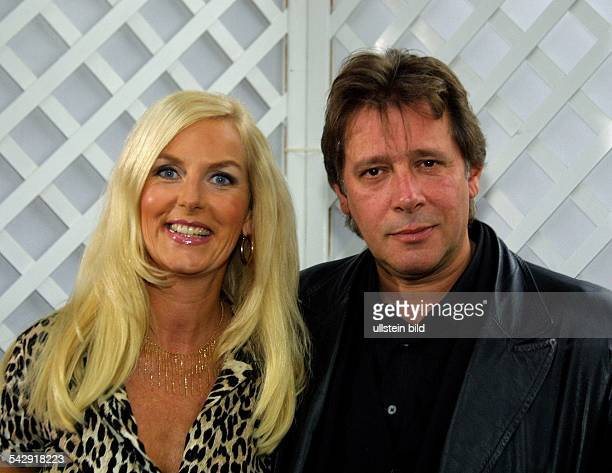 Jan Fedder Schauspieler D mit seiner Ehefrau Marion Kurth