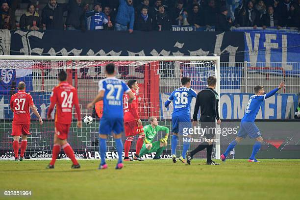 Jan Gyamerah of VFL Bochum scores the 10 during the game between Union Berlin and VFL Bochum on January 27 2016 in Berlin Germany
