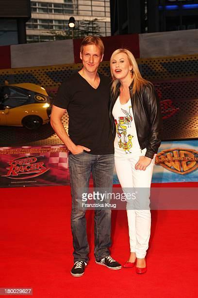 Jan Hahn Und Nadine Krüger Bei Der 'Speed Racer' Europapremiere Im Cine Star Am Potsdamer Platz In Berlin
