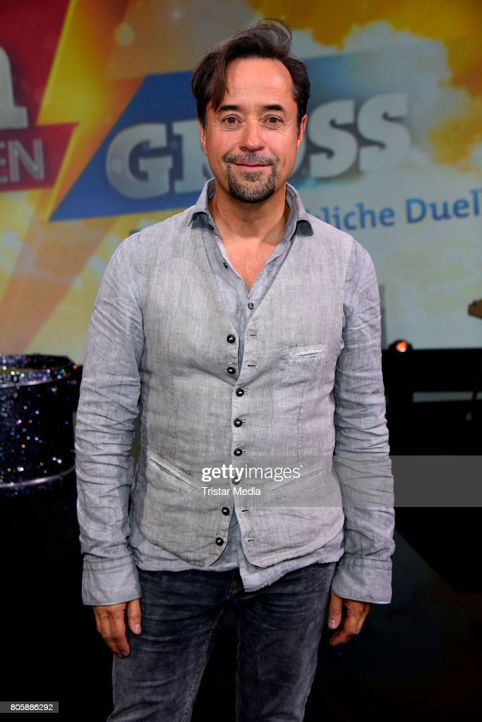 'Klein gegen Gross - Das unglaubliche Duell' TV Live Show from Berlin