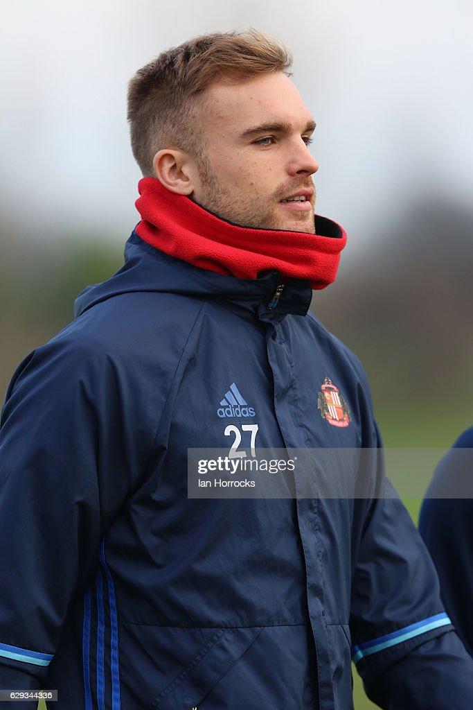 Sunderland Training Session : News Photo