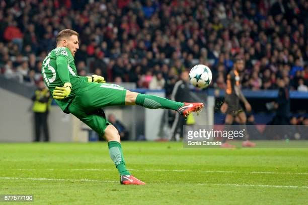Jan Oblak #13 of Atletico de Madrid during the UEFA Champions League group C match between Club Atletico de Madrid and AS Roma at Wanda Metropolitano...