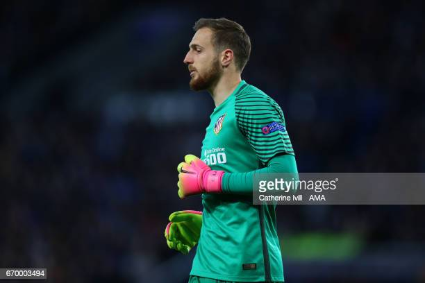 Jan Oblak of Atletico Madrid during the UEFA Champions League Quarter Final second leg match between Leicester City and Club Atletico de Madrid at...