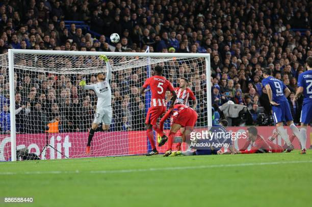 Jan Oblak of Atletico Madrid in action during the UEFA Champions League soccer match between Chelsea FC and Atletico Madrid at Stamford Bridge in...