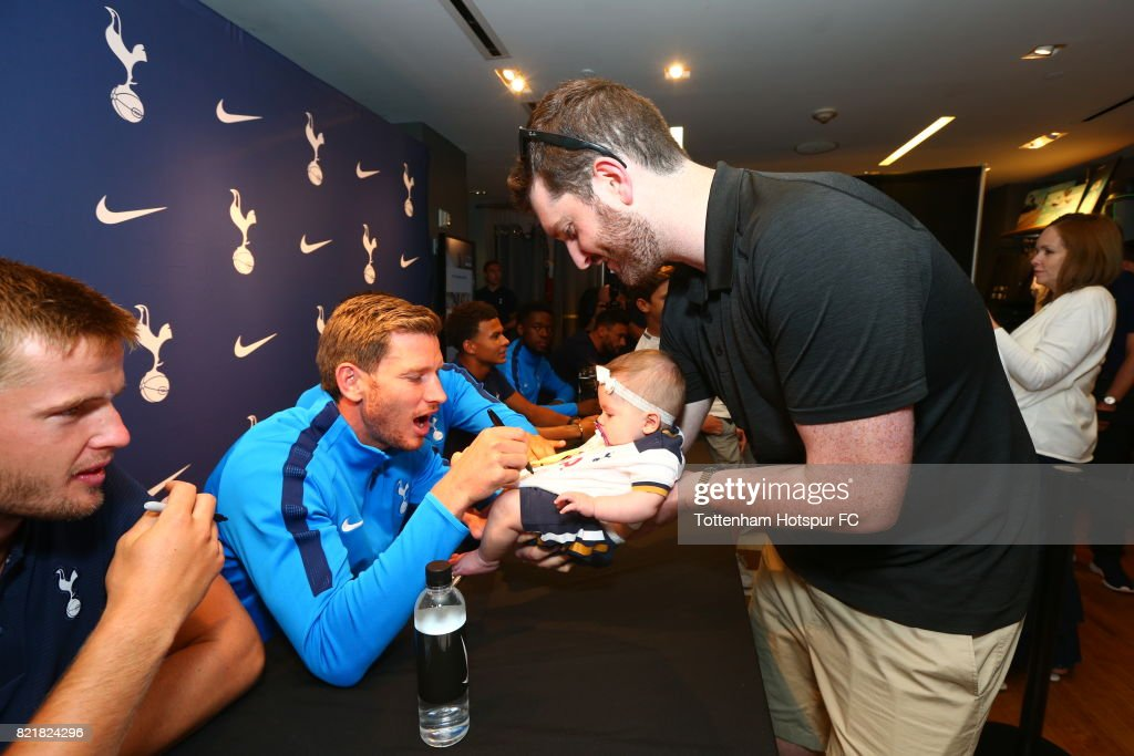 Jan Vertonghen of Tottenham Hotspur FC signs autographs for fans during a visit to Nike Town on Tottenham Hotspur Pre-Season Tour to the US on July 23, 2017 in New York, New York.
