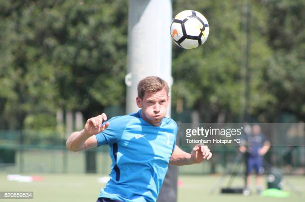 Jan Vertonghen of Tottenham Hotspur takes part in a training session on the preseason USA tour on July 20 2017 in Orlando Florida