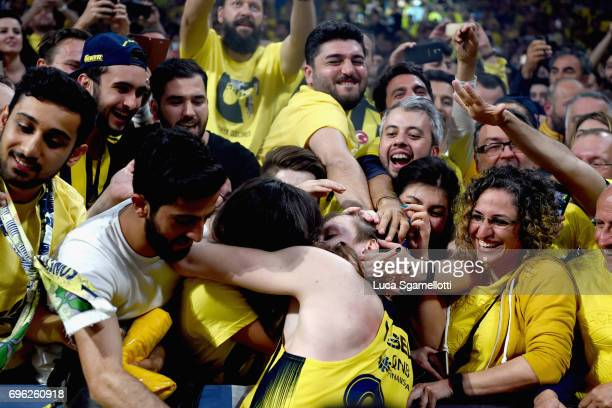 Jan Vesely #24 of Fenerbahce Istanbul celebrates with his girlfriend at the end of Championship Game 2017 Turkish Airlines EuroLeague Final Four...