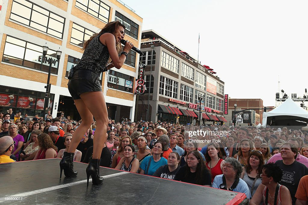 Jana Kramer performs during Rodney Atkins 4th Annual Music City Gives Back on June 3, 2014 in Nashville, Tennessee.