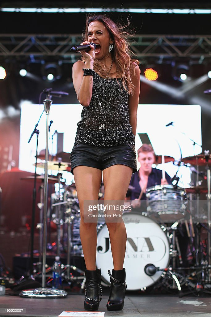<a gi-track='captionPersonalityLinkClicked' href=/galleries/search?phrase=Jana+Kramer&family=editorial&specificpeople=569861 ng-click='$event.stopPropagation()'>Jana Kramer</a> performs during Rodney Atkins 4th Annual Music City Gives Back on June 3, 2014 in Nashville, Tennessee.