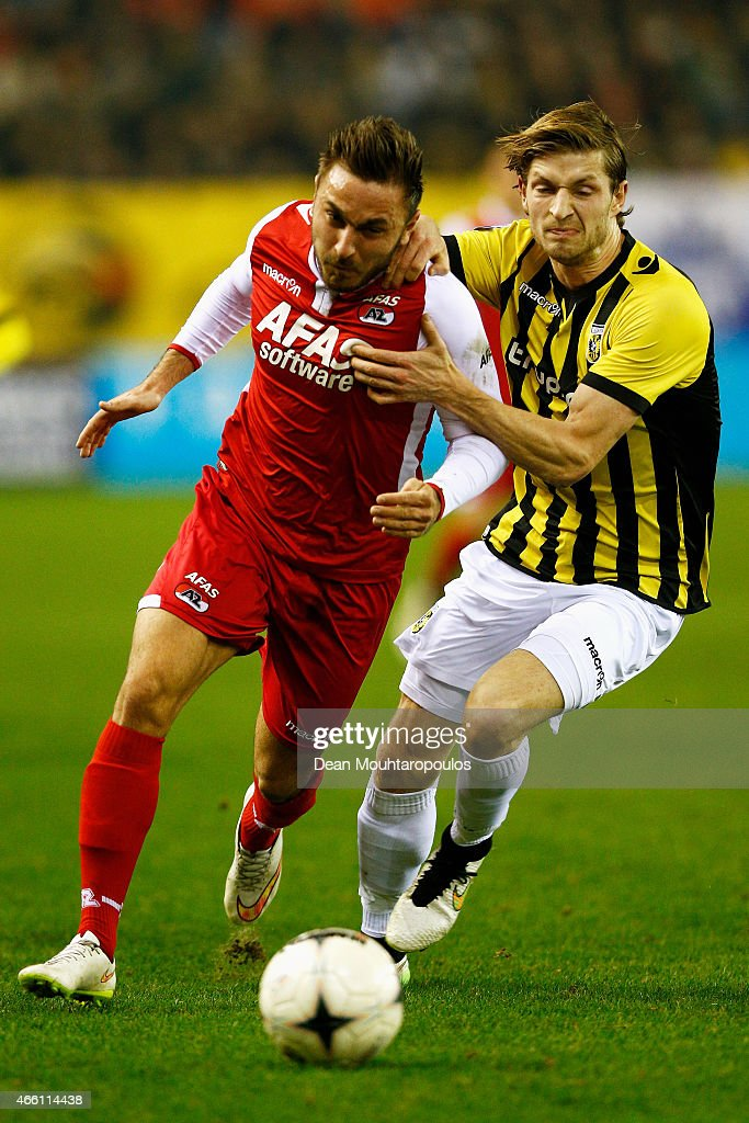 JanArie Van Der Heijden of Vitesse and Muamer Tankovic of AZ battle for the ball during the Dutch Eredivisie match between Vitesse Arnhem and AZ...
