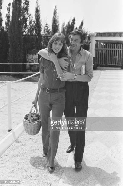 Jane Birkin and Serge Gainsbourg on a karting racing circuit in 1970