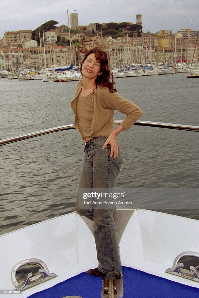 <a gi-track='captionPersonalityLinkClicked' href=/galleries/search?phrase=Jane+Birkin&family=editorial&specificpeople=159385 ng-click='$event.stopPropagation()'>Jane Birkin</a>