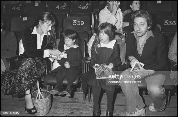 Jane Birkin with her daughters Charlotte Gainsbourg and Kate Barry and her companion Serge Gainsbourg at the Cirque De Moscou in Paris in 1976