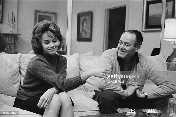 Jane Fonda And Her Father Henry In New York Jane FONDA 22 ans fille de l'acteur Henry FONDA rend visite à son père à NEW YORK Tous deux passent un...